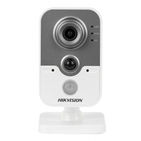 IP-камера Hikvision DS-2CD2420F-IW (4 мм) 2 Мп